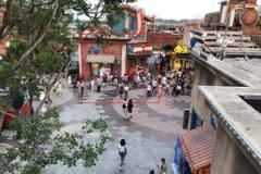Foshan Overseas Chinese Town Gacha Machine Case